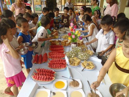 Ý nghĩa tiệc buffet cho trẻ mầm non