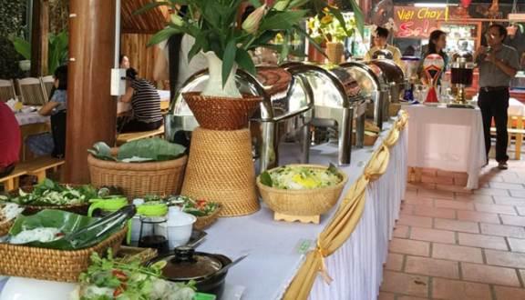 Quầy buffet nhà hàng sala